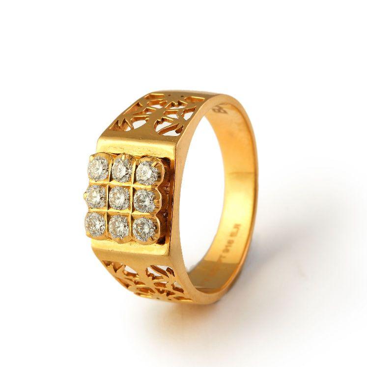 Bhima Jewellery Bands: TITAN RECTANGULAR GOLD WATCH